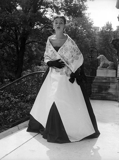 Givenchy style 1952