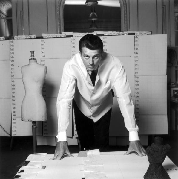 Hubert de Givenchy in his atelier 1960