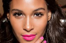 bold pink lip