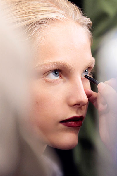 burberry backstage beauty