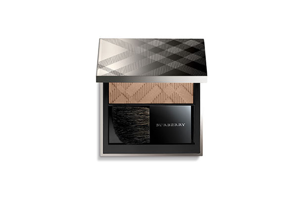 burberry light glow dark earthy blush