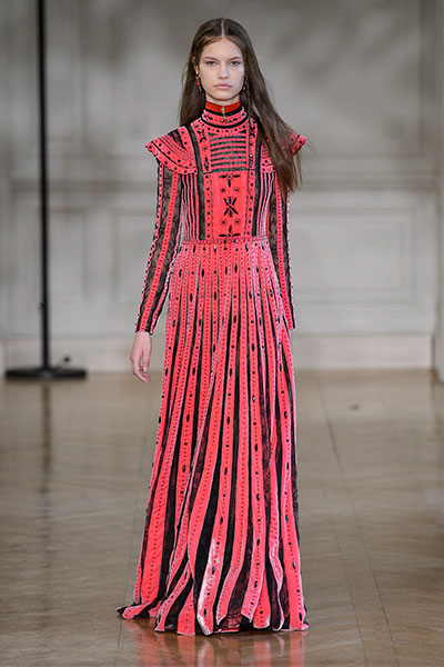 valentino fall 17 runway look