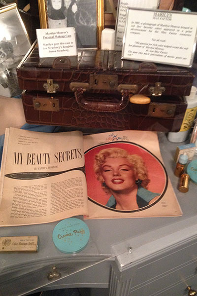marilyn monroe's makeup case