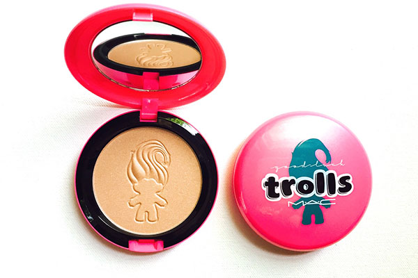 mac good luck trolls beauty powder