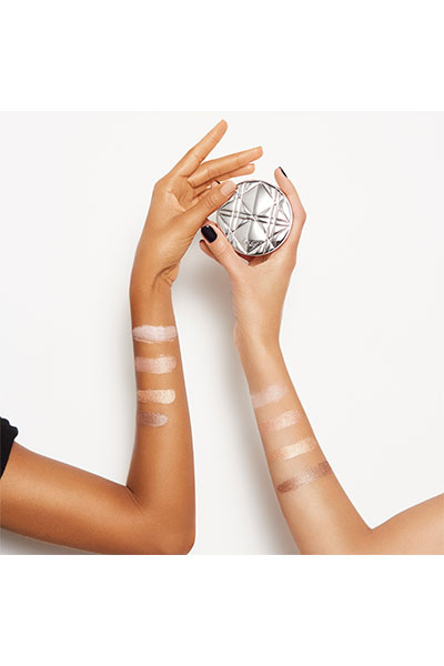 Dior Nudeskin Luminizer model shot