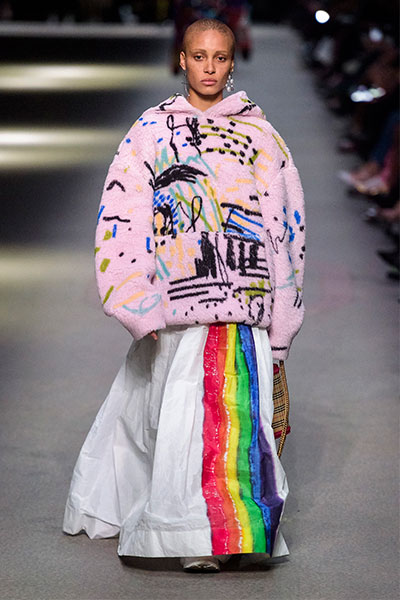 burberry spring 2018 runway collection