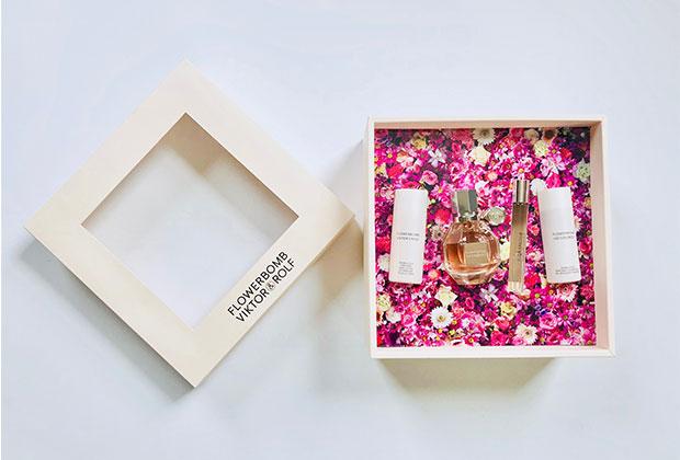 Viktor & Rolf Flowerbomb Gift Set Giveaway