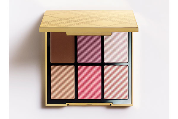 burberry essentials glow palette in light-to-medium